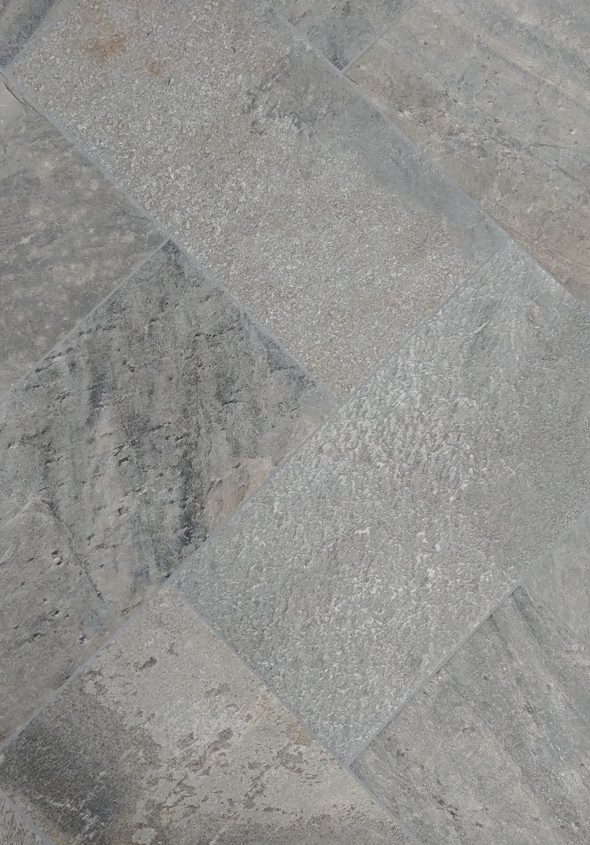 Quartzite, Silver | 12